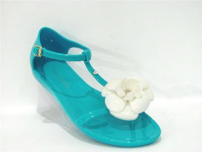 обувь из резины