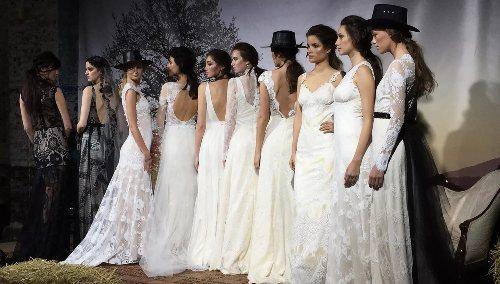 6f7c3962907 Свадебная мода 2018  основные тенденции и самые актуальные платья