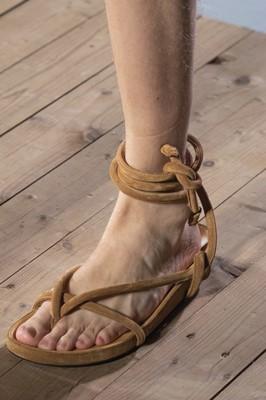 plyazhnaya-obuv